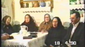 Összejövetel a Faluházban – 1990