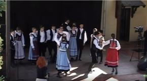 Népek tánca a Solymári Búcsúban