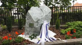 Emlékkőavatás Manninger Miklós tiszteletére