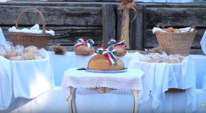 Ünnepi mise és kenyérszentelés Szentivánon