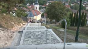 A Templomhegyi lépcső átadása Pilisszentivánon (HD)
