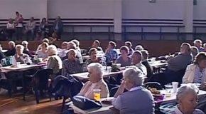 Nyugdíjas találkozó a Pemüben
